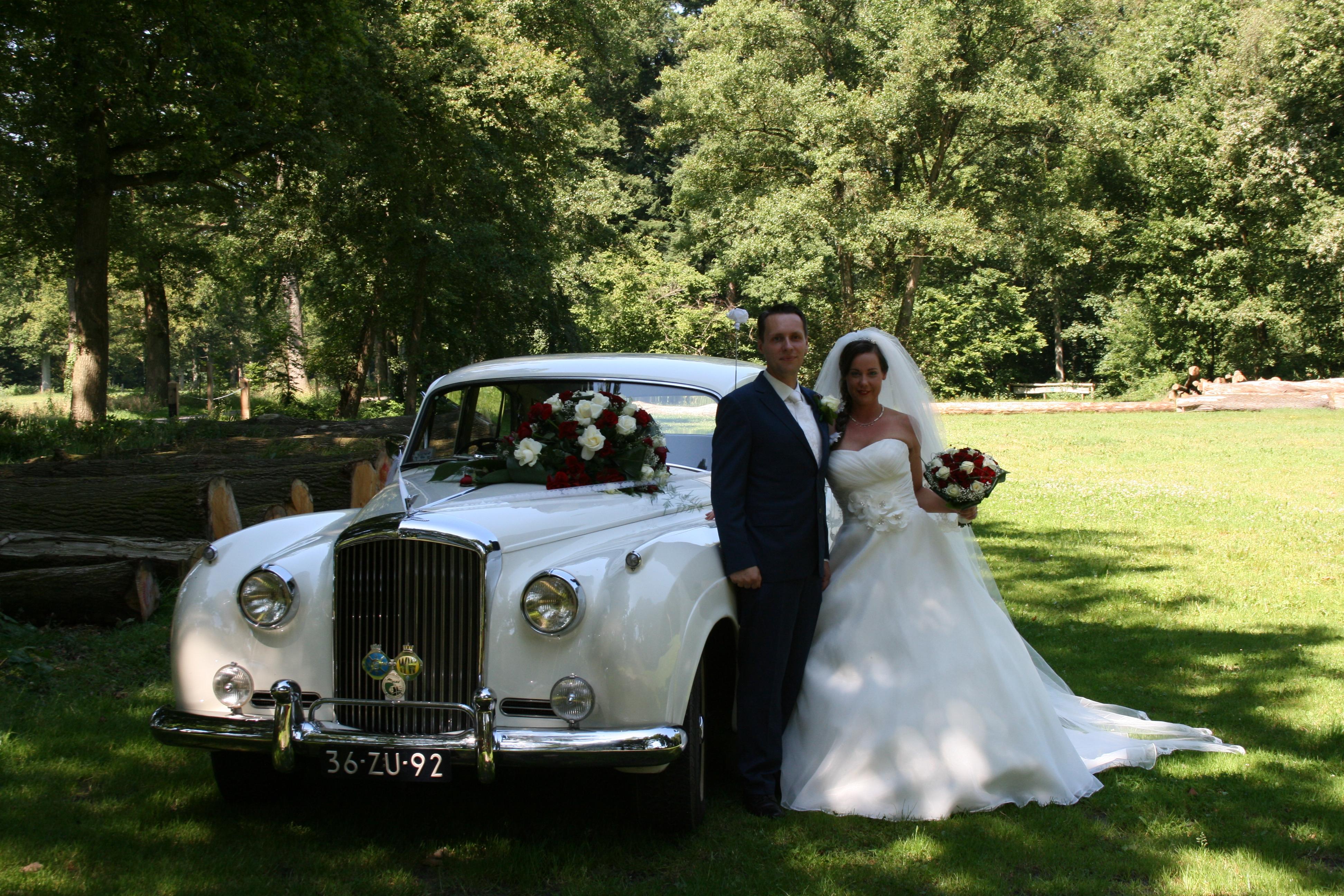 Bentley oldtimer trouwauto Overijssel